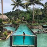 لوحات الاكريليك مخصصة لحمامات السباحة