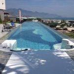 سقف بلاستيكي شفاف لحمام السباحة
